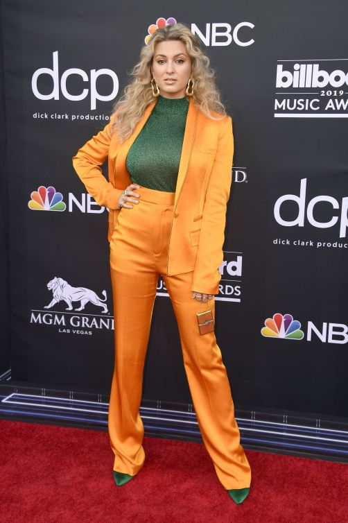 tori-kelly-attends-the-2019-billboard-music-awards-at-mgm-news-photo-1146344016-1556751992